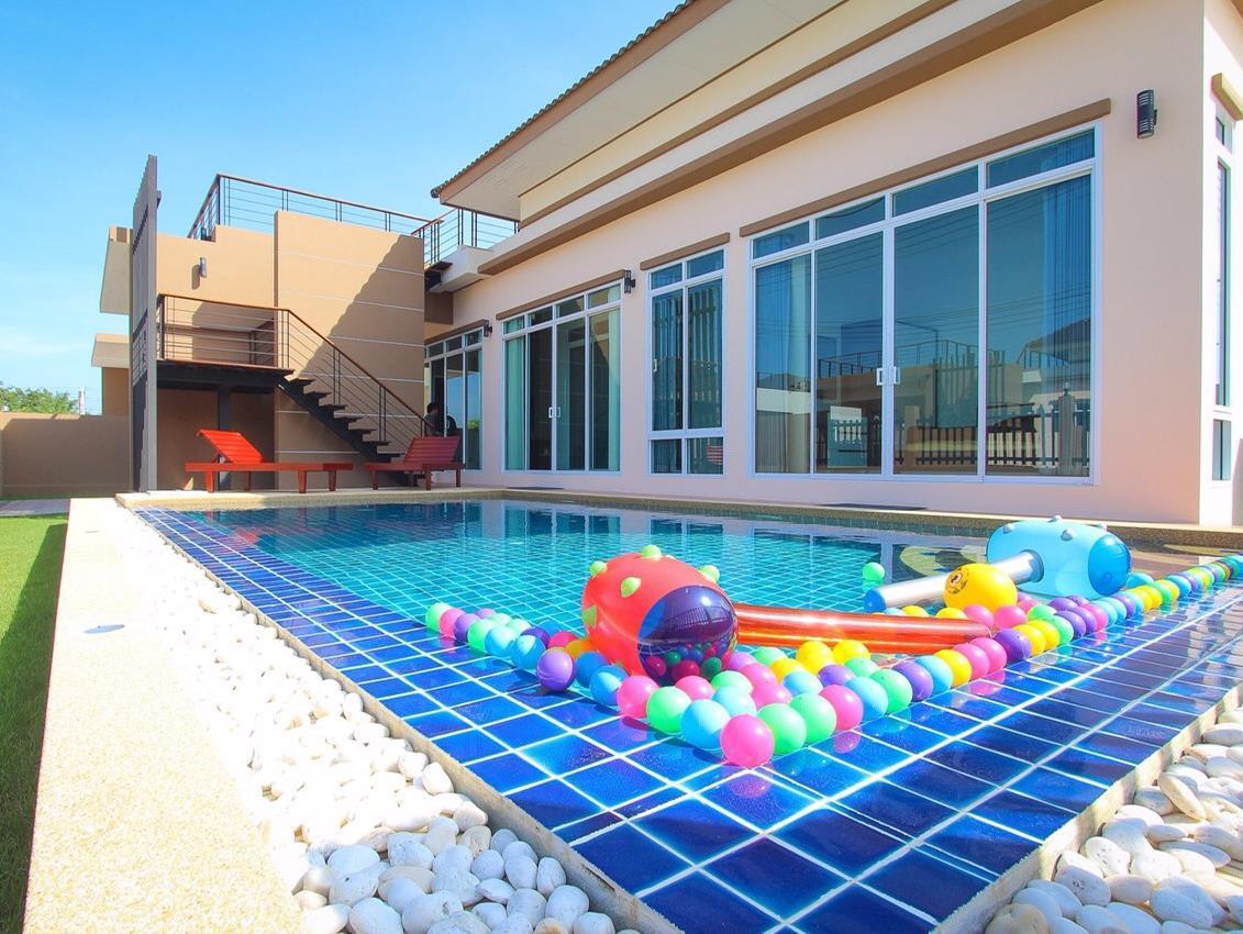 Baan Chom Chan Hua Hin Pool Villa - Hotell och Boende i Thailand i Asien