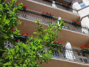Hotel & Apartments Zarenhof Berlin Prenzlauer Berg Berlin - Balcony/Terrace