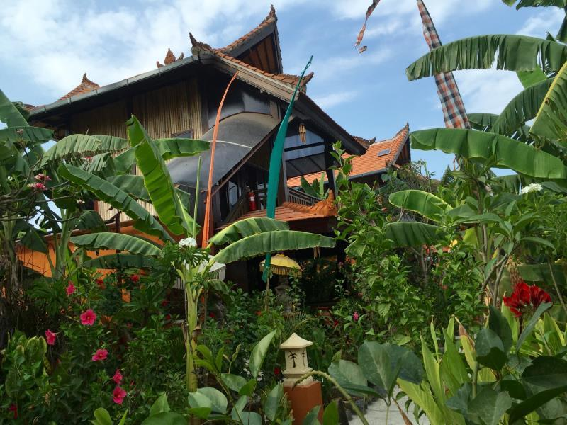 Mahogany Cottage - Hotels and Accommodation in Indonesia, Asia