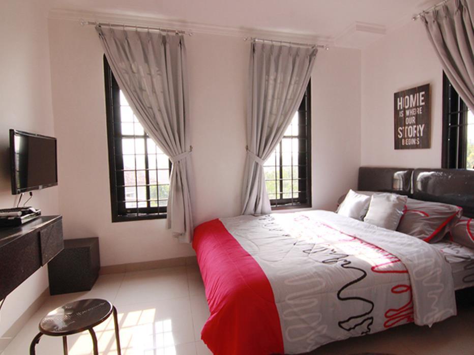 The Guesthouse Mediapura at La Maison d Ilona Radio Dalam Pondok Indah - Hotels and Accommodation in Indonesia, Asia