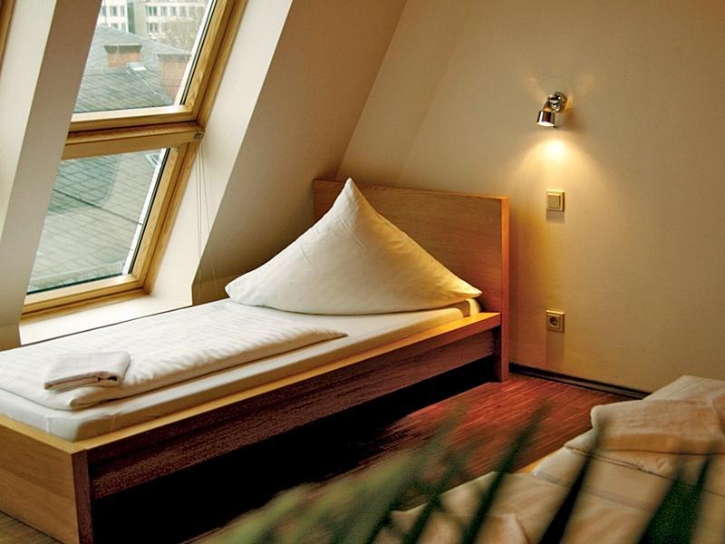 baxpax downtown Hostel/Hotel - Hotell och Boende i Tyskland i Europa