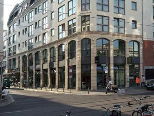 Flower's Boardinghouse Mitte Berliin - Hotelli välisilme