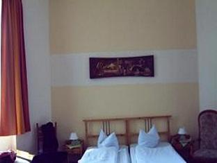 Hotel-Pension Uhland Berlin - Cameră de oaspeţi