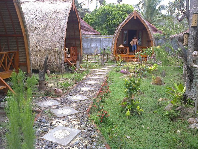 Mascott Inn Bungalows - Hotels and Accommodation in Indonesia, Asia