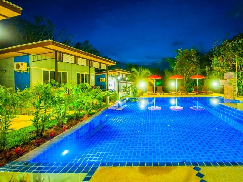 Chom Phu Resort Khaolak - Hotels and Accommodation in Thailand, Asia
