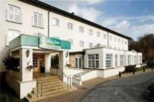 Holiday Inn Manchester Airport Hotel