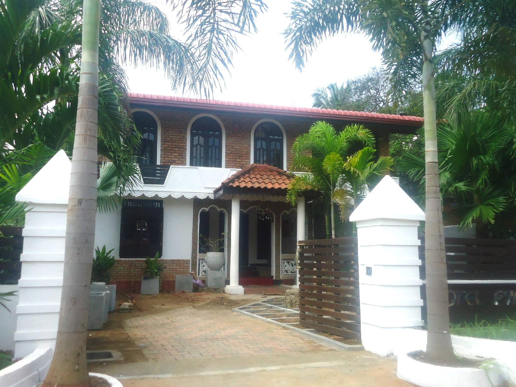 Hotel Pyramide Inn - Hotels and Accommodation in Sri Lanka, Asia