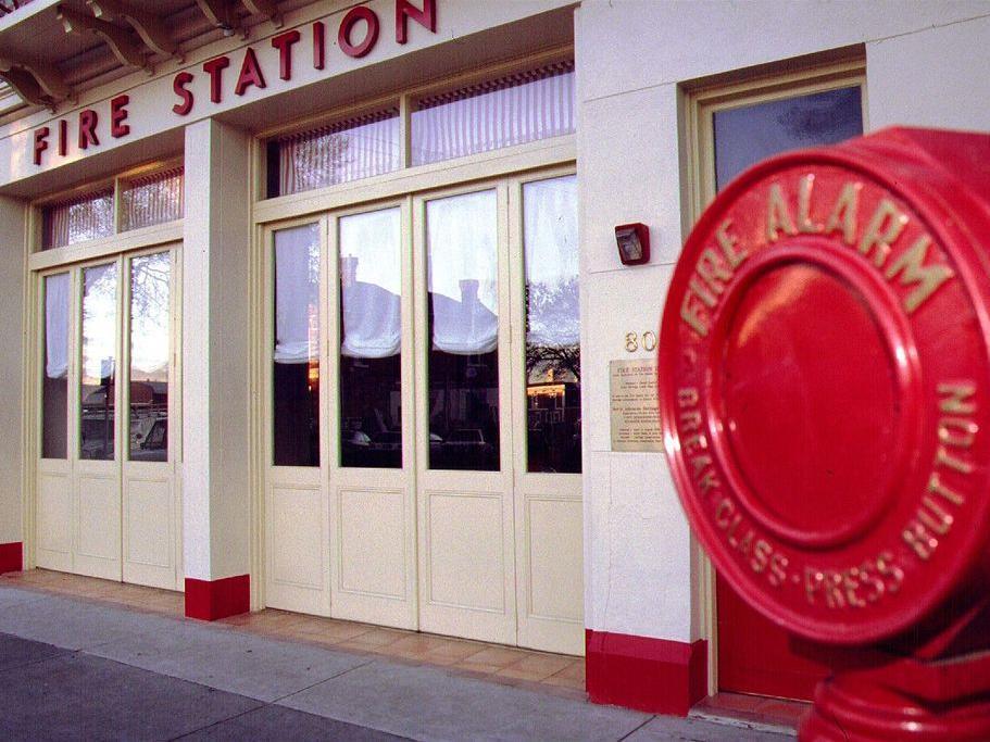 Fire Station Inn - Hotell och Boende i Australien , Adelaide