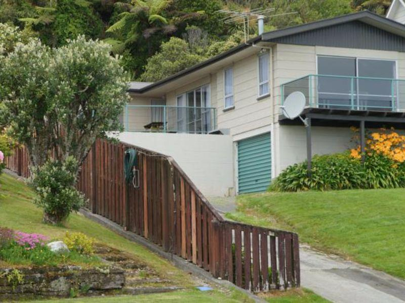 Gold Coast Holiday Home - Greymouth  - Hotels and Accommodation in New Zealand, Pacific Ocean And Australia