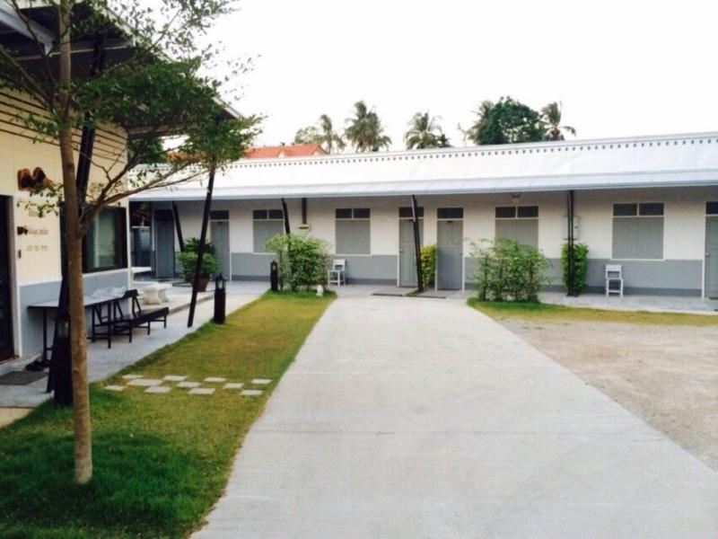 Walaiya Palace - Hotels and Accommodation in Thailand, Asia