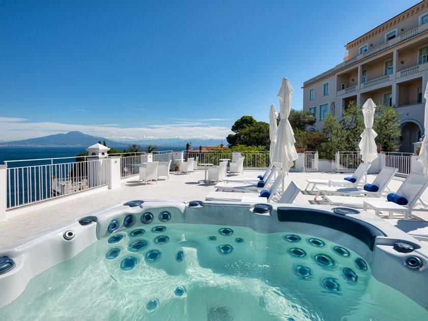 Boutique hotel helios sorrento italy great discounted for Great small hotels italy