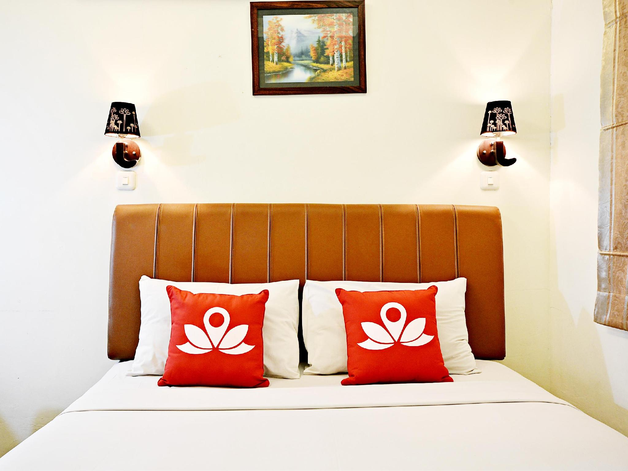 ZenRooms Benhil Pejompongan - Hotels and Accommodation in Indonesia, Asia