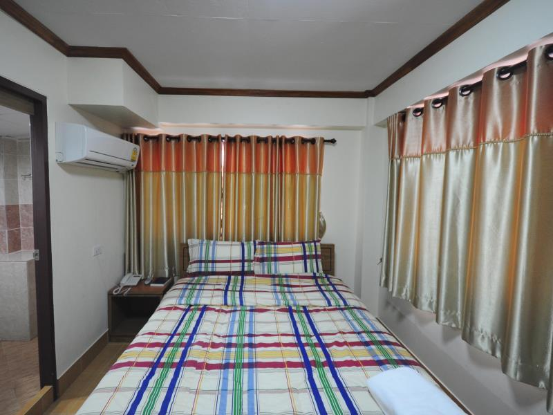 Poonsab Hostel - Hotels and Accommodation in Thailand, Asia