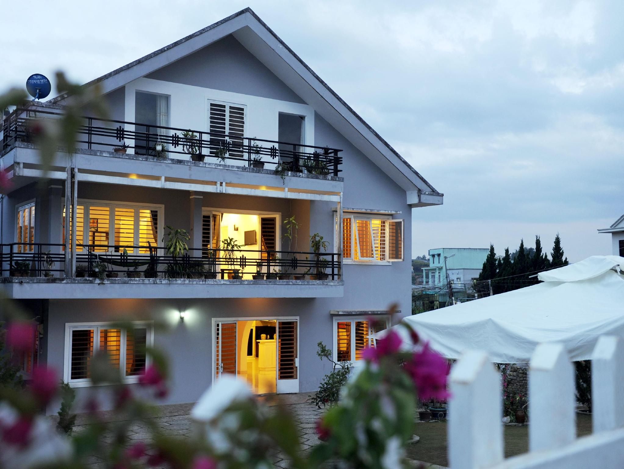 Stop and Go Flower Villa - Hotels and Accommodation in Vietnam, Asia