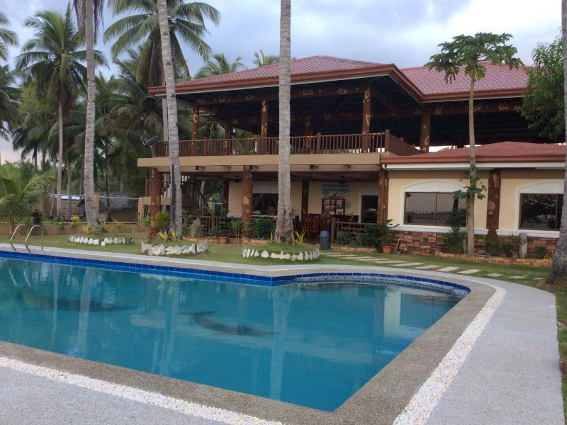 Edie's Bahay Aplaya - Hotels and Accommodation in Philippines, Asia