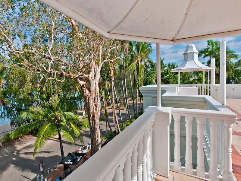 Sarayi Boutique Resort - Hotell och Boende i Australien , Cairns