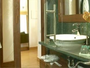 Eridanus Luxury Art Hotel Athens - Bathroom