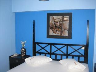 Salem Hotel Athens - Guest Room