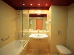 Hotel Castle Garden Budapest - Bathroom