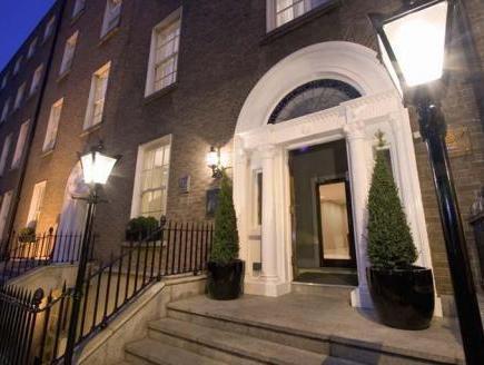 Premier Suites Dublin Stephens Hall Apartment