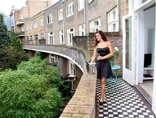 Heemskerk Suites Apartments