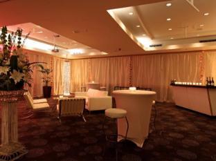 Novotel Ellerslie Hotel Auckland - Cocktail Setup
