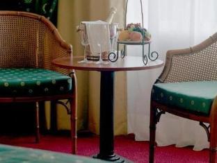 Golden Tulip Midden Drenthe Hotel Westerbork - Guest Room