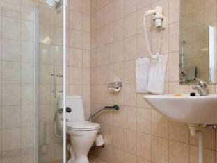 Thon Hotel Gardermoen Gardermoen - Bathroom