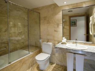Flor Parks Hotel Barcelona - Bathroom
