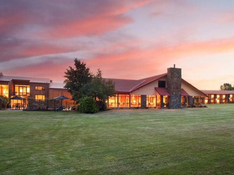 Mackenzie Country Hotel - Hotels and Accommodation in New Zealand, Pacific Ocean And Australia