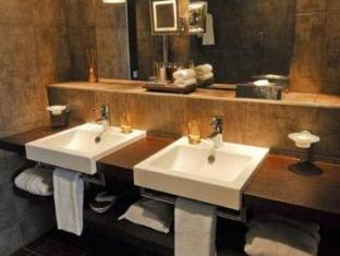 Eastwest Hotel Geneva - Bathroom