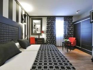 Salles Hotel Aeroport Girona Girona - Guest Room