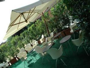 Alloro Suite Hotel بولونيا - مقهى/كافيه