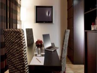 Alloro Suite Hotel بولونيا - غرفة الضيوف