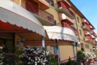 Valmarina Hotel