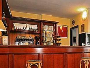 Ascot Lodging Cardano Al Campo - Pub/Lounge