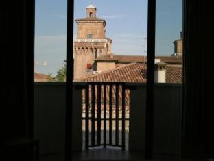 Hotel Touring Ferrara - Balcony/Terrace