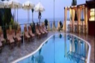 巴亚法拉格利奥尼海滩度假酒店
