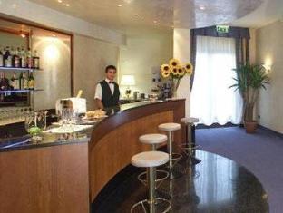 Hotel Villa Fontana San Giovanni Rotondo - Pub/Lounge