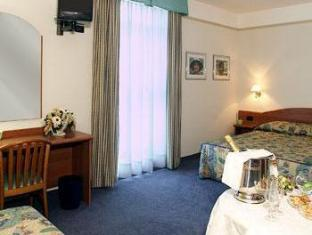 Hotel Villa Fontana San Giovanni Rotondo - Guest Room