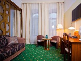 St. Barbara Hotel Tallinn - Süit Oda