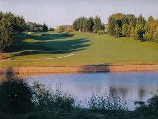 Channels Lodge Chelmsford - Golf Course