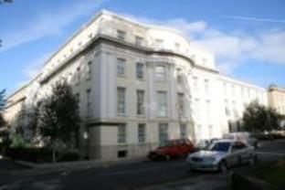 Central Serviced Apartments 84 Gloucester Rd