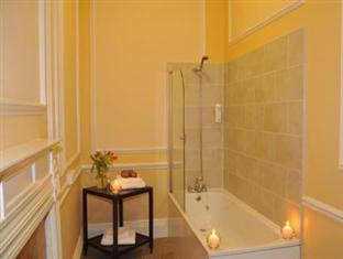 Roscoe House Liverpool - Bathroom