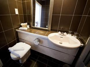 Best Western Elton Hotel Rotherham - Bathroom
