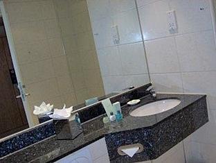 East Sussex National Hotel Golf Resort And Spa Uckfield - Bathroom