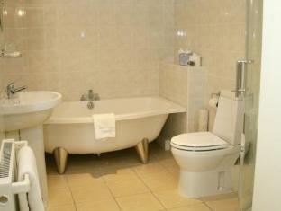 Waterton Park Hotel Wakefield - Bathroom
