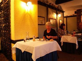 Heworth Court B&B York - Food, drink and entertainment