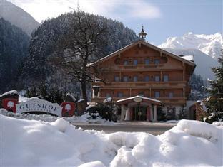 Gutshof Zillertal Hotel