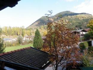 Alpenhof Hotel Bruck an der Glocknerstrasse - View